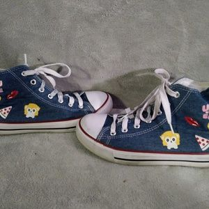 Epic step sneakers size 8